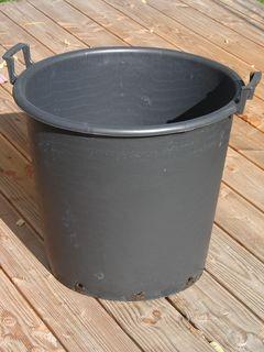 Grosscontainer mit Traggriffen 75 Liter