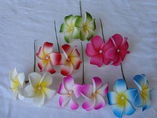 Plumeriadoppelblüte mit Perlen 24